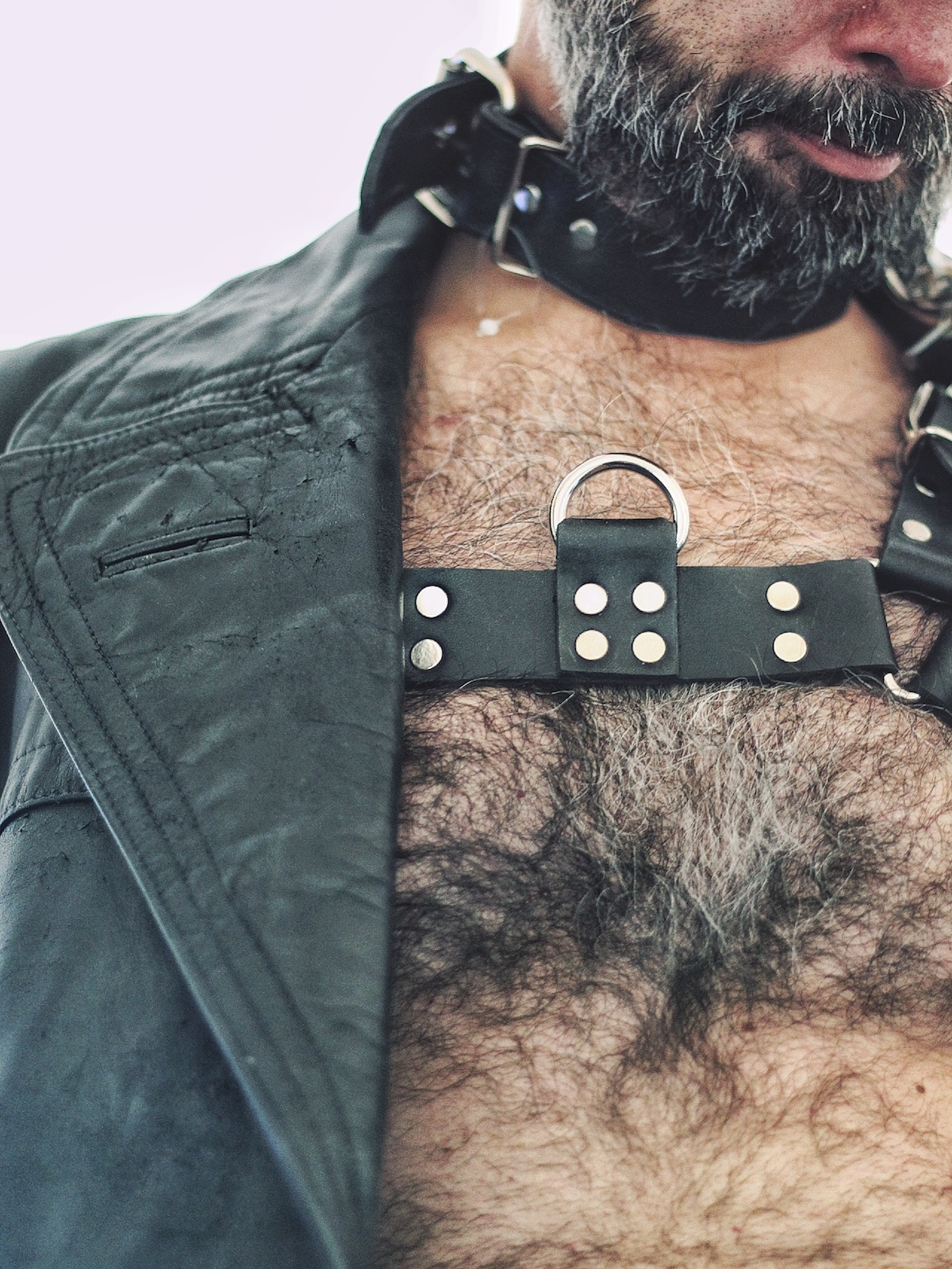 Leather gay piso 15